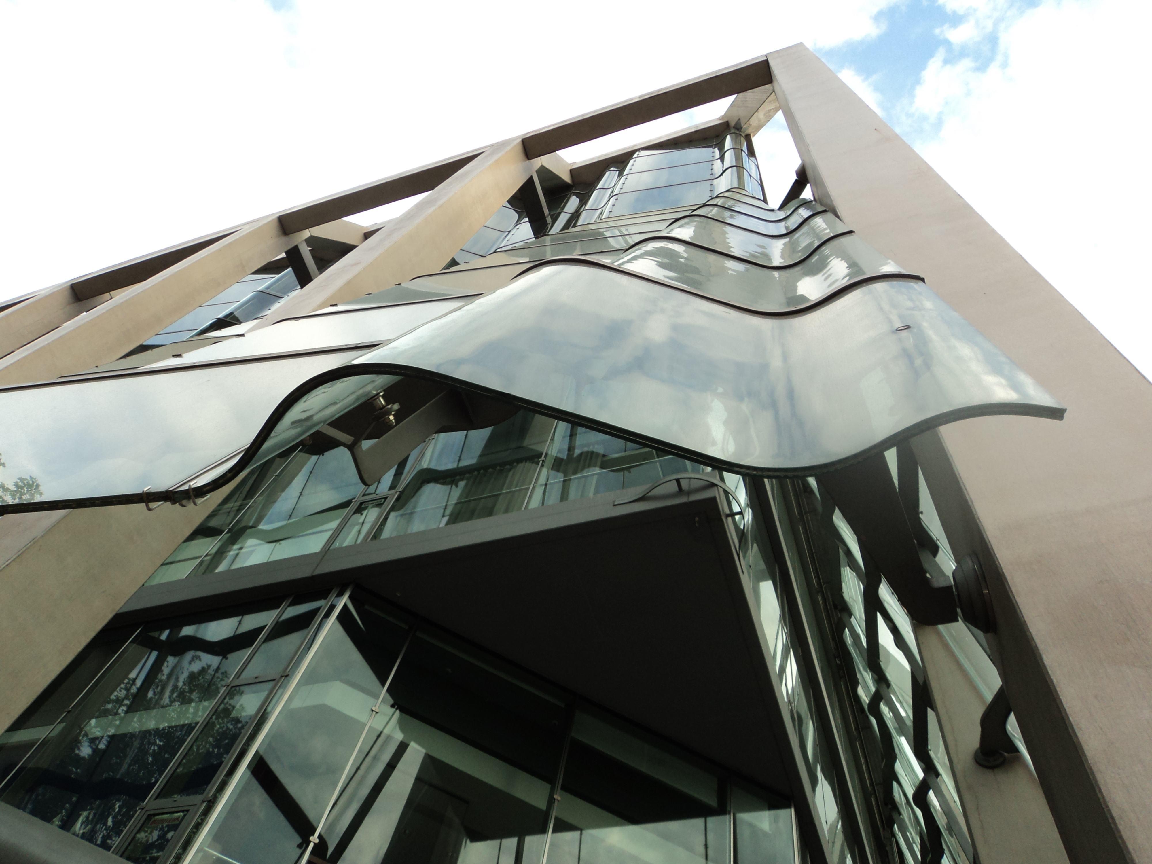 Immeuble verre Berin, CAS