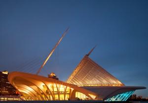 Milwaukee-Art-Museum-Aile_ISTOCKPHOTO_inusite